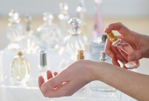 Doğru Parfüm Nasıl Seçilir? Püf Noktalar