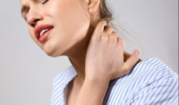 Boyun Ağrısı Sebepleri Ve Tedavisi