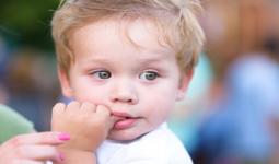 Bebeğiniz Parmak Emiyorsa Nedeni Ne Olabilir?