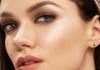 Makyajda Aydınlatıcı Highlighter Etkisi Nasıl Yapılır?