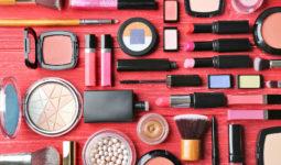 Kesinlikle Paylaşmamanız Gereken Makyaj Ürünleri