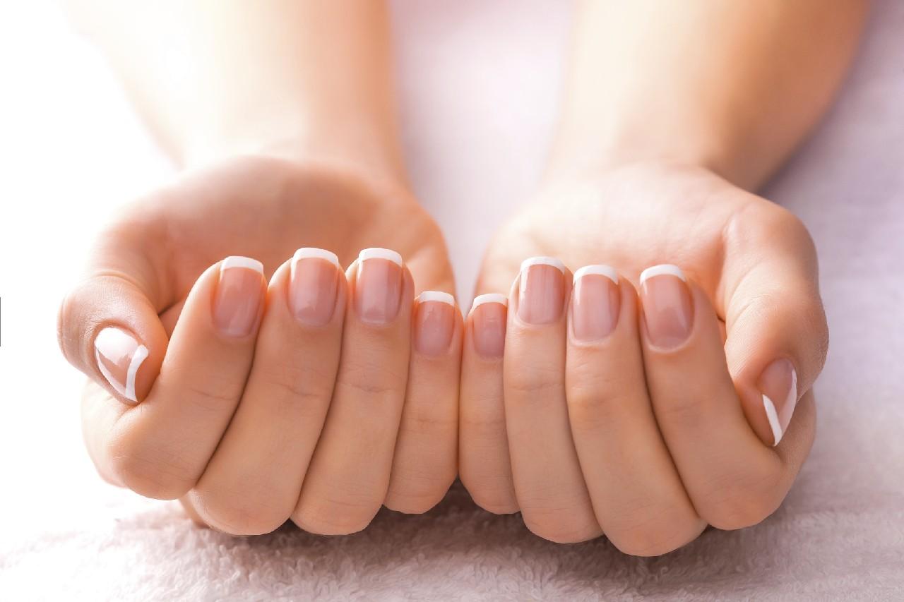 Sağlıklı Şekilde Tırnak Nasıl Uzatılır?