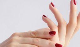 Tırnaklar Kırılmasına Neden Olan Faktörler